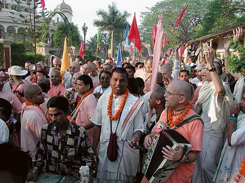 Kirtana à Sridhama Mayapura (Inde)