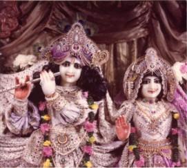 Sri-Sri-Radha-Vrindavana-Chandra-New-Vrindavana