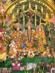 Sri-Sri-Sita-Rama-Laksmana-Hanuman-au-Manoir-Bhaktivedanta