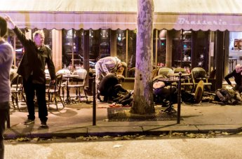 attentat-cafe-paris_m